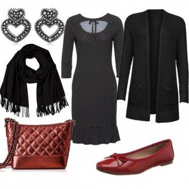 Outfit Pois e ballerine rosse