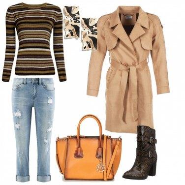 Outfit Maglia millerighe con jeans pescatora