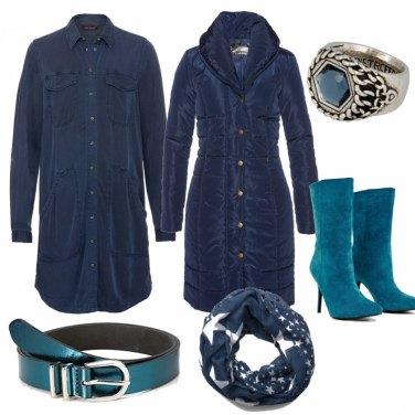 Outfit Camicia e e accessori turchese
