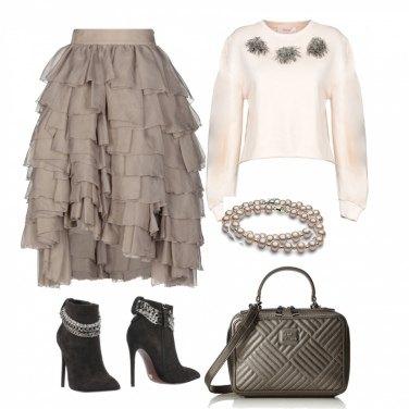Outfit Elegante anche con la felpa