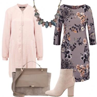 Outfit Fiori nel color malva