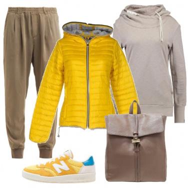 Outfit Giallo per il tempo libero