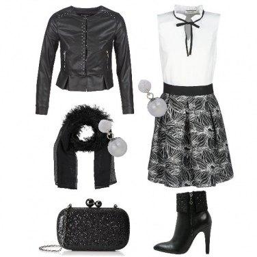Outfit Romantica con un tocco rock