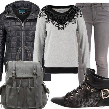Outfit Dal grigio al nero