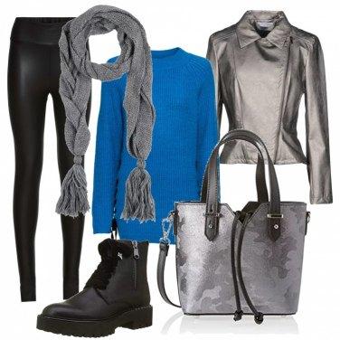 Outfit Leggins e maglione