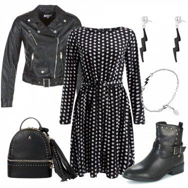 Outfit Borchie, pois e fulmini
