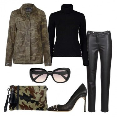 Outfit Victoria B. total black e camouflage