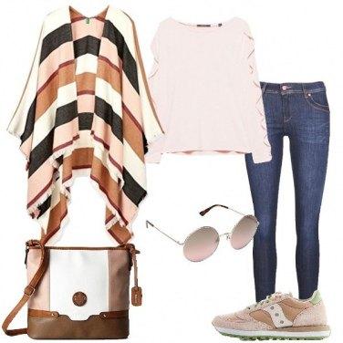Outfit Passeggiando con le amiche