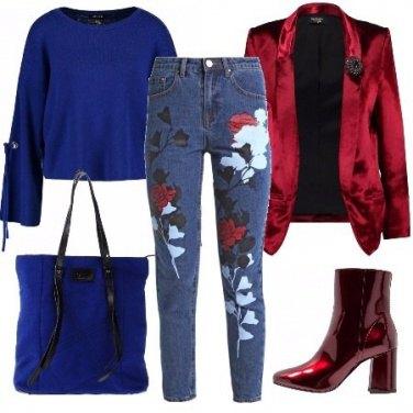 Outfit Blu elettrico e rosso