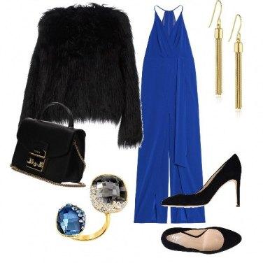 Outfit Contrasto blu e nero