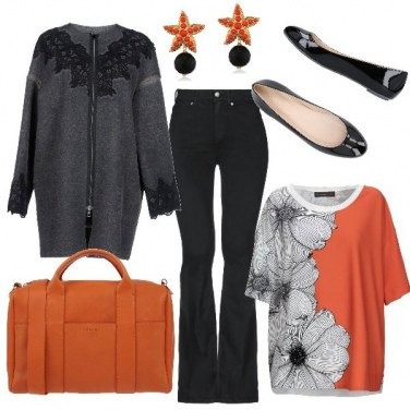 Outfit Blusa, jeans svasati e ballerine