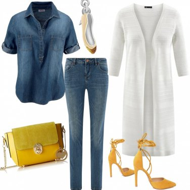 Outfit Jeans e scarpe gialle
