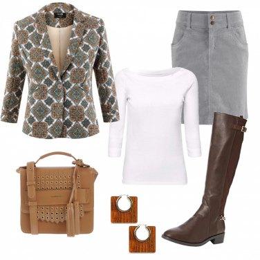 Outfit Giacchina con fantasia gioiello