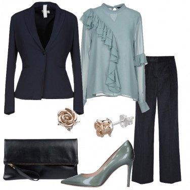 Outfit Chic in blue e verde chiaro