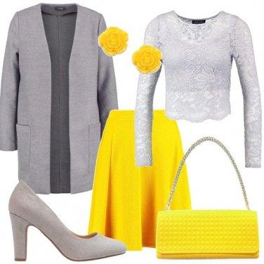 Outfit Il giallo diventa romantico
