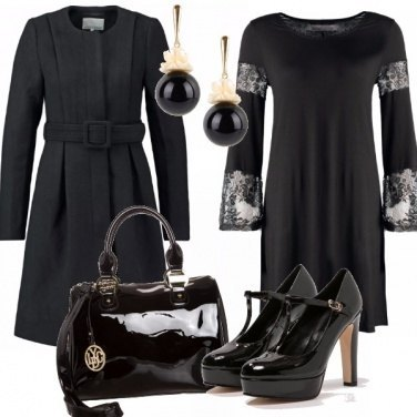 Outfit Bon ton in total black.