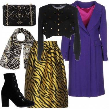 Outfit Sfondo colorato per la tracollina