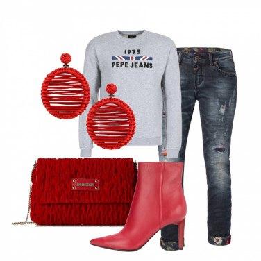Outfit Gli orecchini rossi
