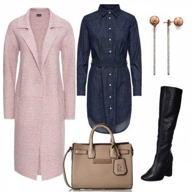 Outfit Vestito in jeans e stivali