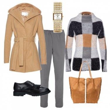 Outfit Grigio, beige & nero