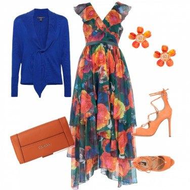 Outfit Un tripudio di fiori e colore