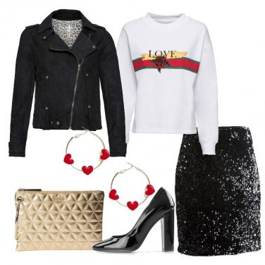 Outfit Trendy in felpa e gonna in paillettes