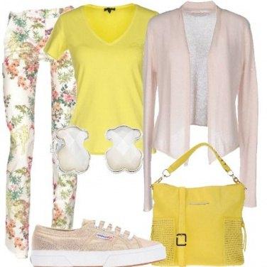 Outfit Romantica a fiori