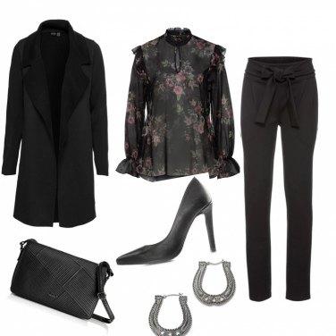 Outfit Romantica in nero
