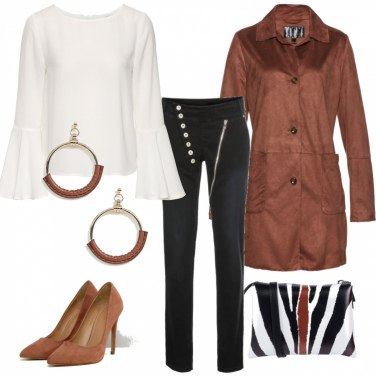 Outfit Bianco, tabacco e...