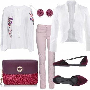 Outfit Basic con glitter e fiori