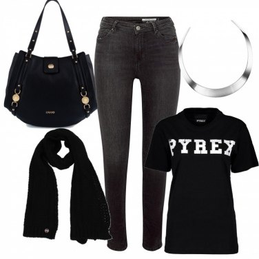Outfit Dinamica in black