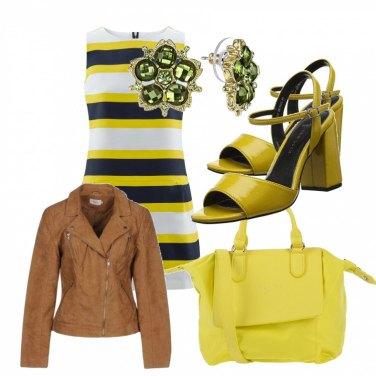 Outfit Cinquanta sfumature di giallo