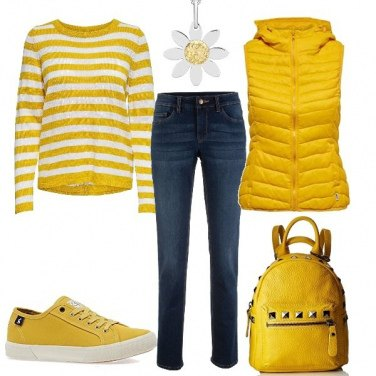 Outfit Basic giallo per il tempo libero