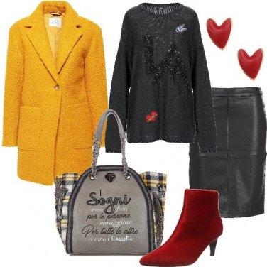 Outfit Il giallo sul cappotto