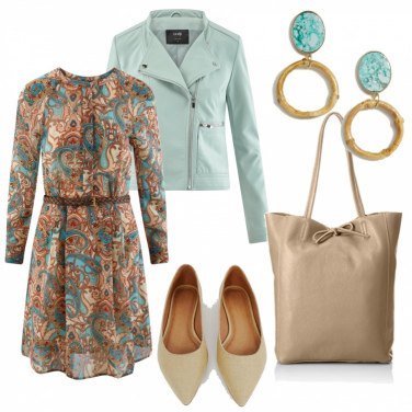 Outfit Ecopelle, colore insolito