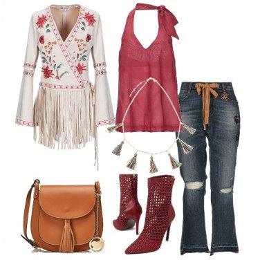 Outfit Giacca con frange e stivaletto