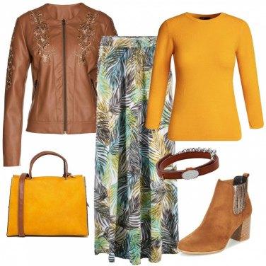 Outfit Linee fluide e colori caldi