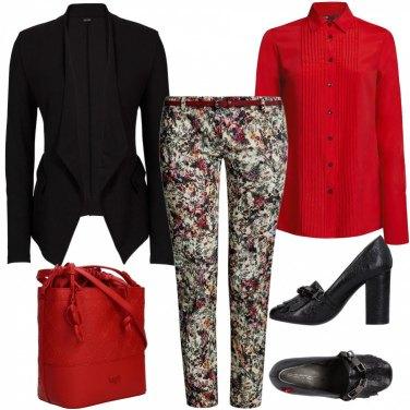 Outfit Camicia da smoking rossa e iperfemminile