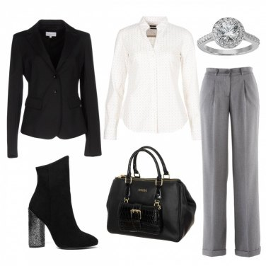 Outfit Femminile in abiti maschili