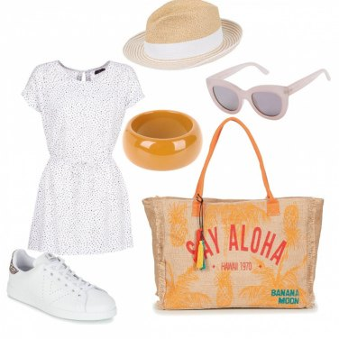 Outfit Sand