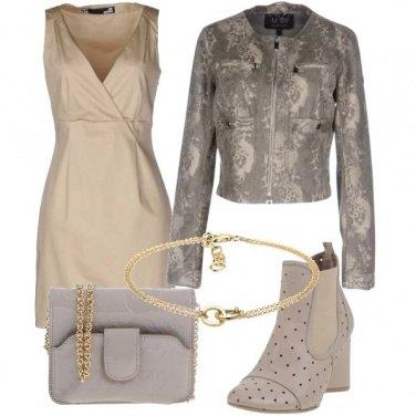 Outfit Beige primaverile