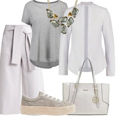 Outfit Semplice con glam