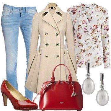Outfit Rosso e perle al lavoro
