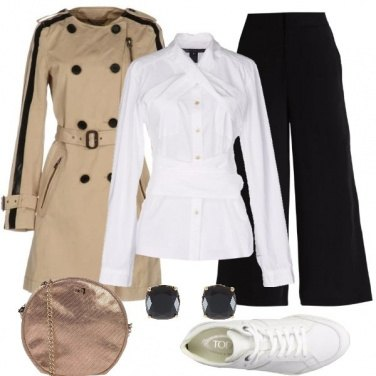 Outfit Trench e sneakers bianche