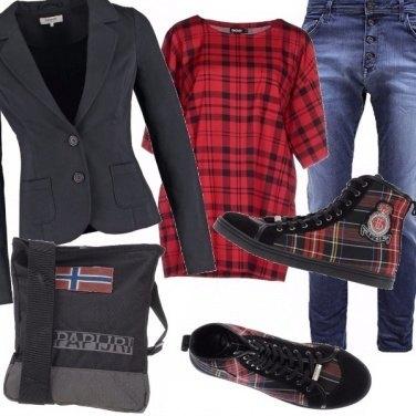 Outfit Tartan & bike