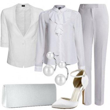 Outfit Elegante con le perle