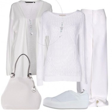 Outfit Minimal in bianco