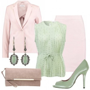 Outfit In rosa e verde