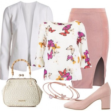 Outfit Farfalle in volo