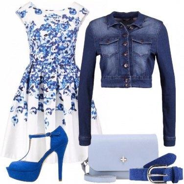 Outfit Fiori azzurri e blu